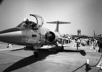 1964年5月17日 横田基地F104.jpg