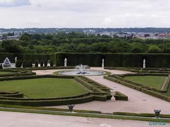 ベルサイユ 庭園.jpg